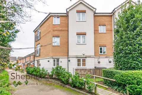 2 bedroom flat for sale - Columbia Road, Broxbourne, Hertfordshire, EN10