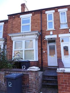 5 bedroom house - May Crescent, Lincoln