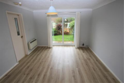 1 bedroom flat to rent - Bramshaw Way, Barton On Sea