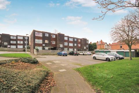 2 bedroom apartment for sale - Oval Grange, Hartlepool