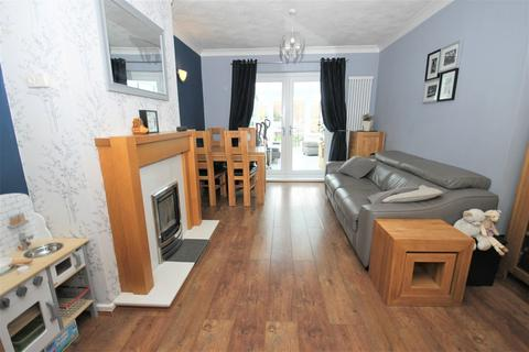 2 bedroom semi-detached house for sale - Fabian Road, Middlesbrough