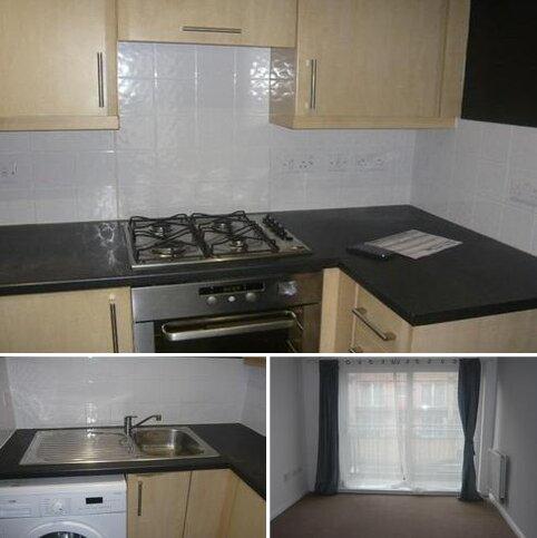 2 bedroom flat to rent - Wooldridge Close, Bedfont