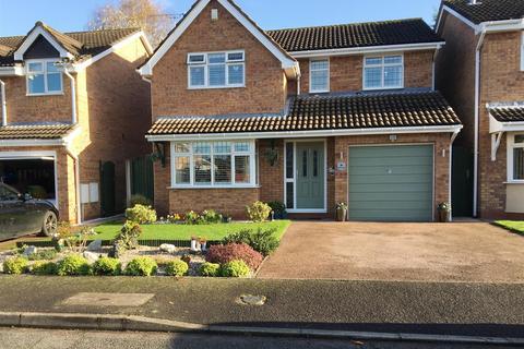4 bedroom house for sale - Ullswater Avenue, Wistaston, Cheshire