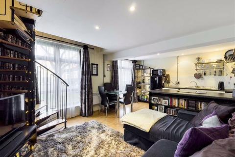 1 bedroom flat for sale - Crystal House, Manchester