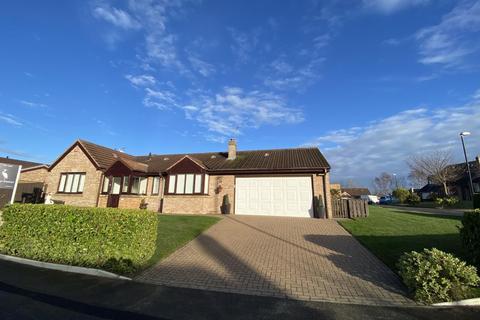 3 bedroom detached bungalow for sale - Seafields, Seaburn, Sunderland