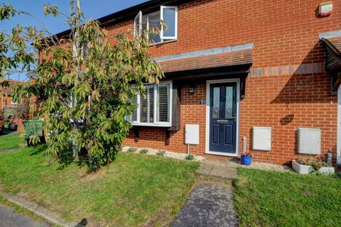 2 bedroom terraced house for sale - Abingdon Close, Thame