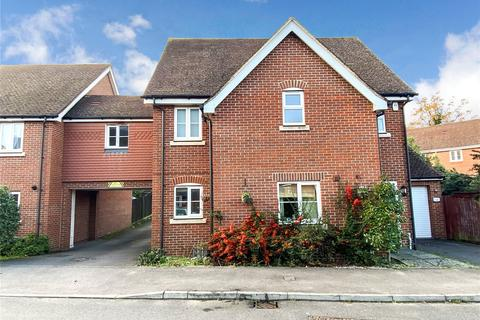 2 bedroom apartment to rent - Ducketts Mead, Shinfield, Reading, RG2