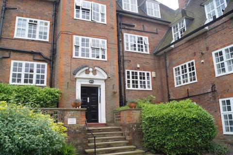 2 bedroom flat to rent - Heathcroft, Hampstead Garden Suburb