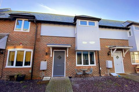 2 bedroom terraced house for sale - Montague Street, Worthing, BN11