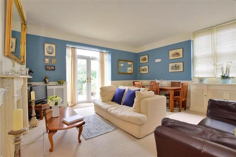 2 bedroom ground floor flat - Broadwater Down, Tunbridge Wells, Kent