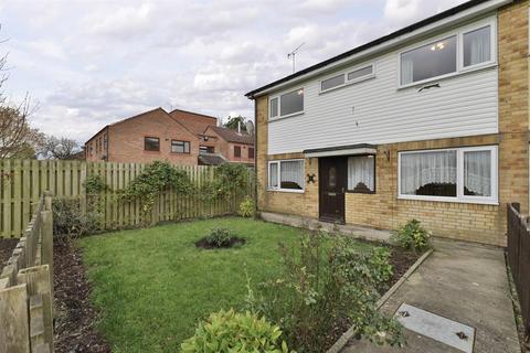4 bedroom end of terrace house for sale - Herman Walk, York, YO24 3LY
