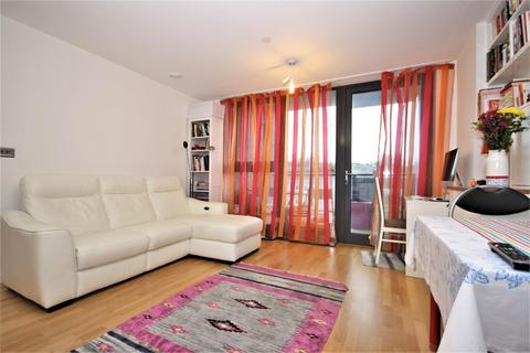 1 bedroom flat to rent - Parkside Avenue, London, SE10 8FN