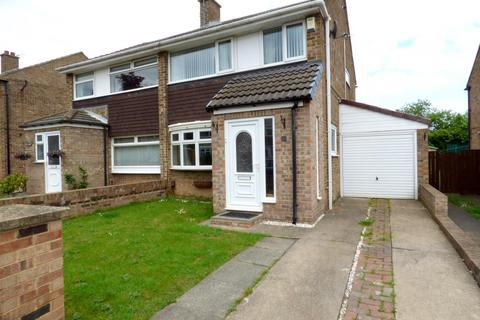 3 bedroom semi-detached house for sale - Briardene Court, Stockton-On-Tees, TS19