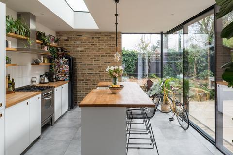 3 bedroom apartment for sale - Tyrwhitt Road, London SE4