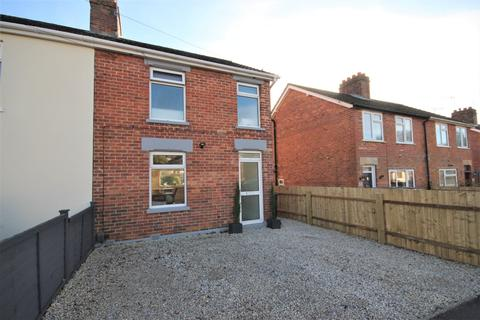 2 bedroom semi-detached house for sale - Mission Road, Broadstone, BH18