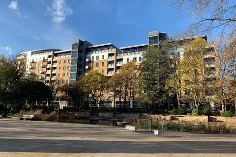 2 bedroom apartment for sale - Apartment 26 Queens Court, 57 Queens Dock Avenue, North Humberside, HU1 3DR