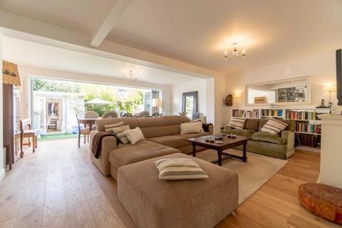 5 bedroom apartment for sale - 11 Vibart Gardens, London, SW2 3RJ