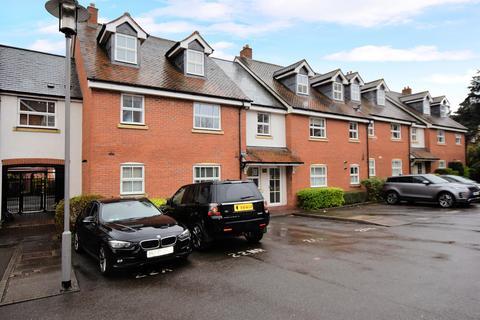3 bedroom flat for sale - New Road, Solihull, B91 3DP