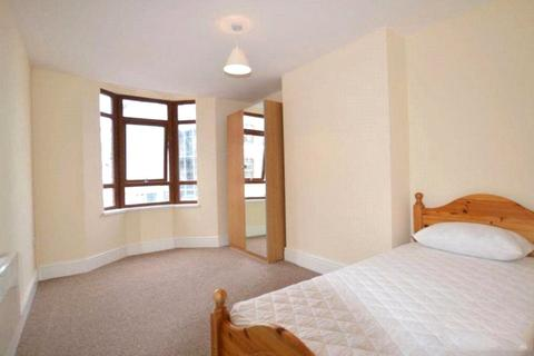 4 bedroom terraced house to rent - Welford Road, Leicester, Leicestershire, LE2