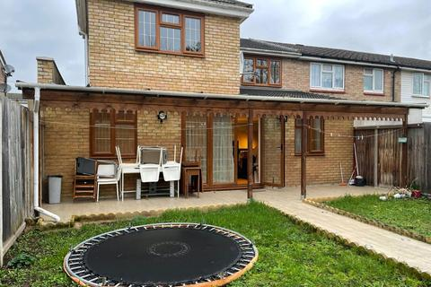 6 bedroom semi-detached house to rent - St. Mary's Road, London