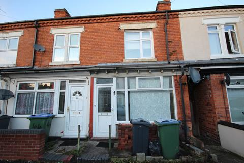 2 bedroom terraced house to rent - Reginald Road,  Smethwick, B67