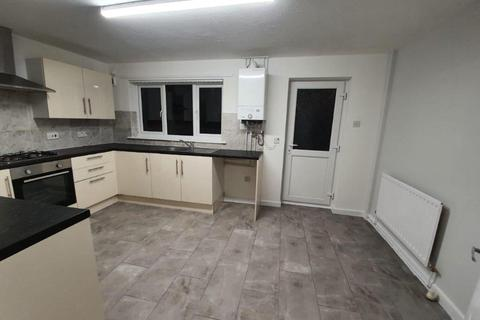 2 bedroom terraced house to rent - Ceylon St, Manchester, M40