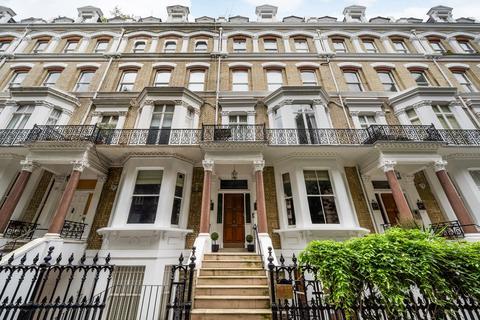 4 bedroom ground floor flat for sale - Vicarage Gate, London. W8