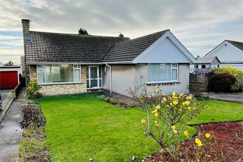 2 bedroom detached bungalow for sale - Minehead Avenue, Sully