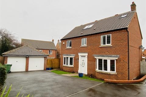 5 bedroom detached house for sale - Cranwell Close, Newark, Nottinghamshire.