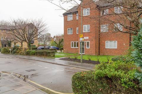 1 bedroom flat for sale - New Ash Close, N2