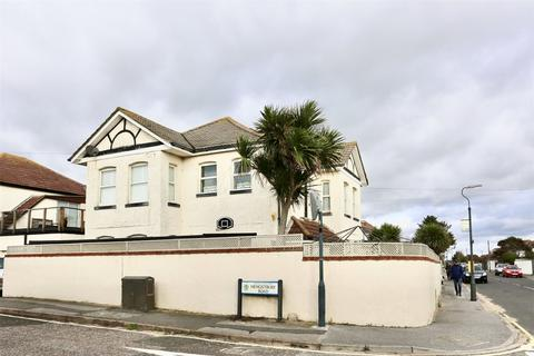 3 bedroom maisonette for sale - Harbour Road, Bournemouth, BH6
