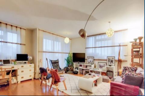 2 bedroom apartment for sale - Wellington House  Eton Road, London NW3