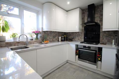 3 bedroom maisonette for sale - Southbourne Road, Southbourne