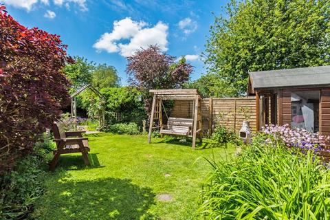 2 bedroom detached house for sale - Main Street, Twyford