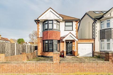 3 bedroom detached house - Albert Road, Harrow