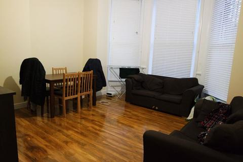 2 bedroom flat to rent - Beulah Hill, London