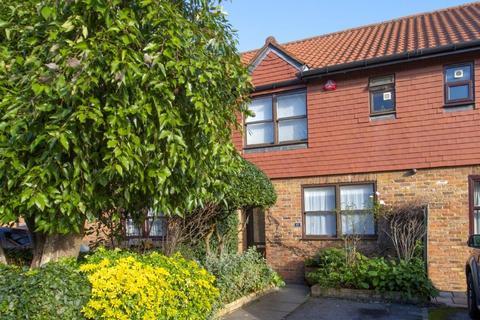 2 bedroom house for sale - Toyne Way, Highgate, London N6
