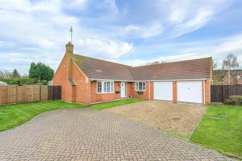 3 bedroom detached bungalow for sale - Saddlers Way, Fishtoft, Boston