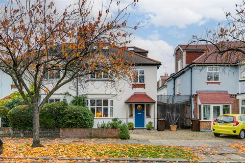 4 bedroom semi-detached house for sale - Staveley Road, London W4