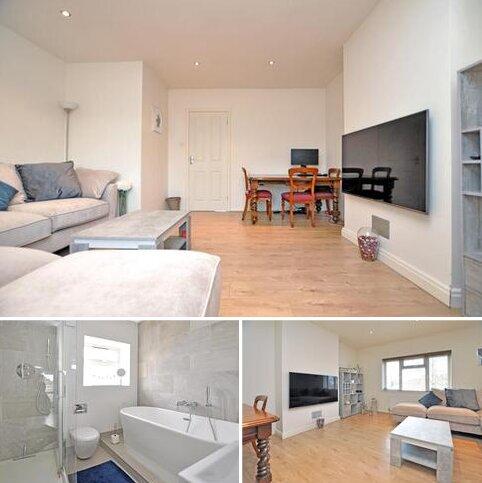 3 bedroom flat for sale - Upper Bridge Road, Chelmsford, CM2