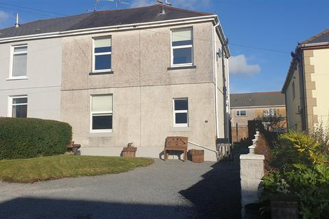 3 bedroom semi-detached house for sale - Waun Road, Llanelli