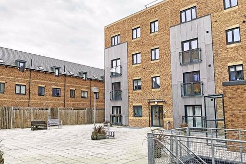 2 bedroom apartment - Woodfield Road, Altrincham, Cheshire