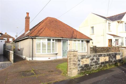 2 bedroom detached bungalow for sale - Frampton Road, Gorseinon