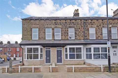 3 bedroom terraced house - Mayfield Grove, Harrogate, North Yorkshire