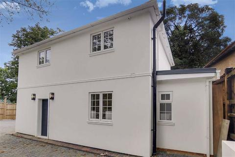 3 bedroom detached house for sale - Highwood Hill, Mill Hill, London