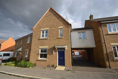 3 bedroom end of terrace house for sale - Pearmain Way, Ashford, Kent