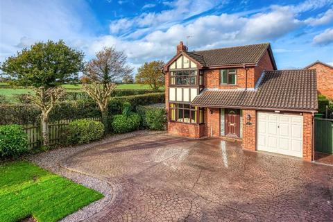 4 bedroom detached house for sale - 9, The Pastures, Perton, Wolverhampton, WV6
