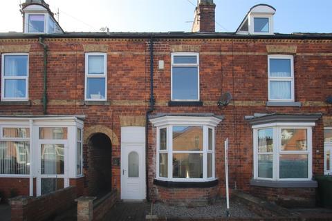 3 bedroom terraced house for sale - St Johns Walk, Bridlington