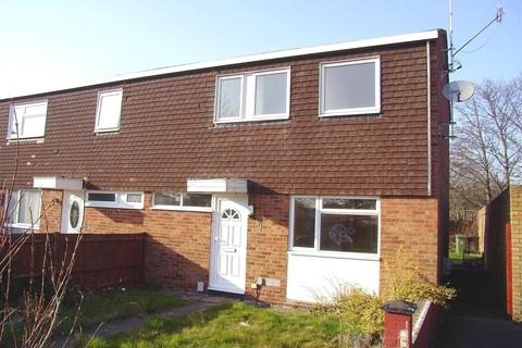 3 bedroom end of terrace house to rent - Chelsea Gardens, Houghton Regis, Dunstable