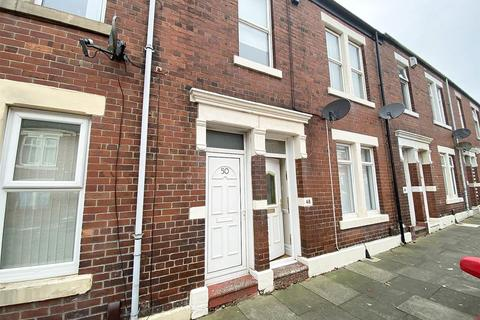 2 bedroom ground floor flat to rent - Chirton West View, North Shields
